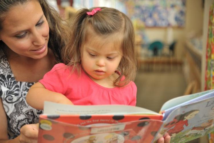 Ako rozvíjať zručnosti a schopnosti dieťaťa vo veku 2 až 3 roky